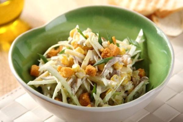 Рецепты салата из копчёной куриной грудки с